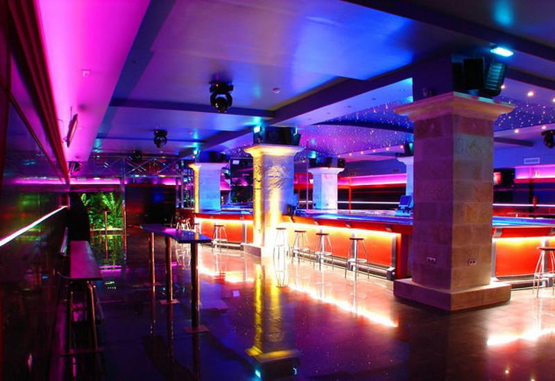 Hightclub G.G, puticlub y alterne en Porceyo, Gijón