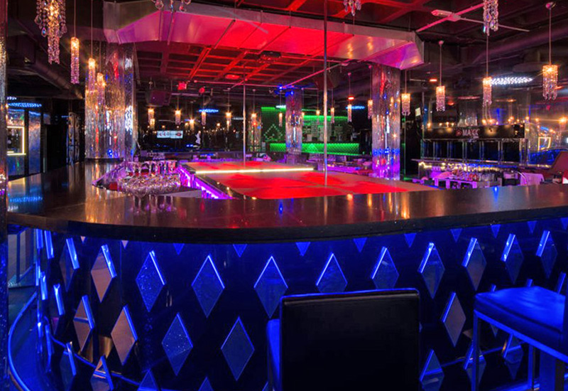 Sala Maxx Valencia escorts alterne puticlub